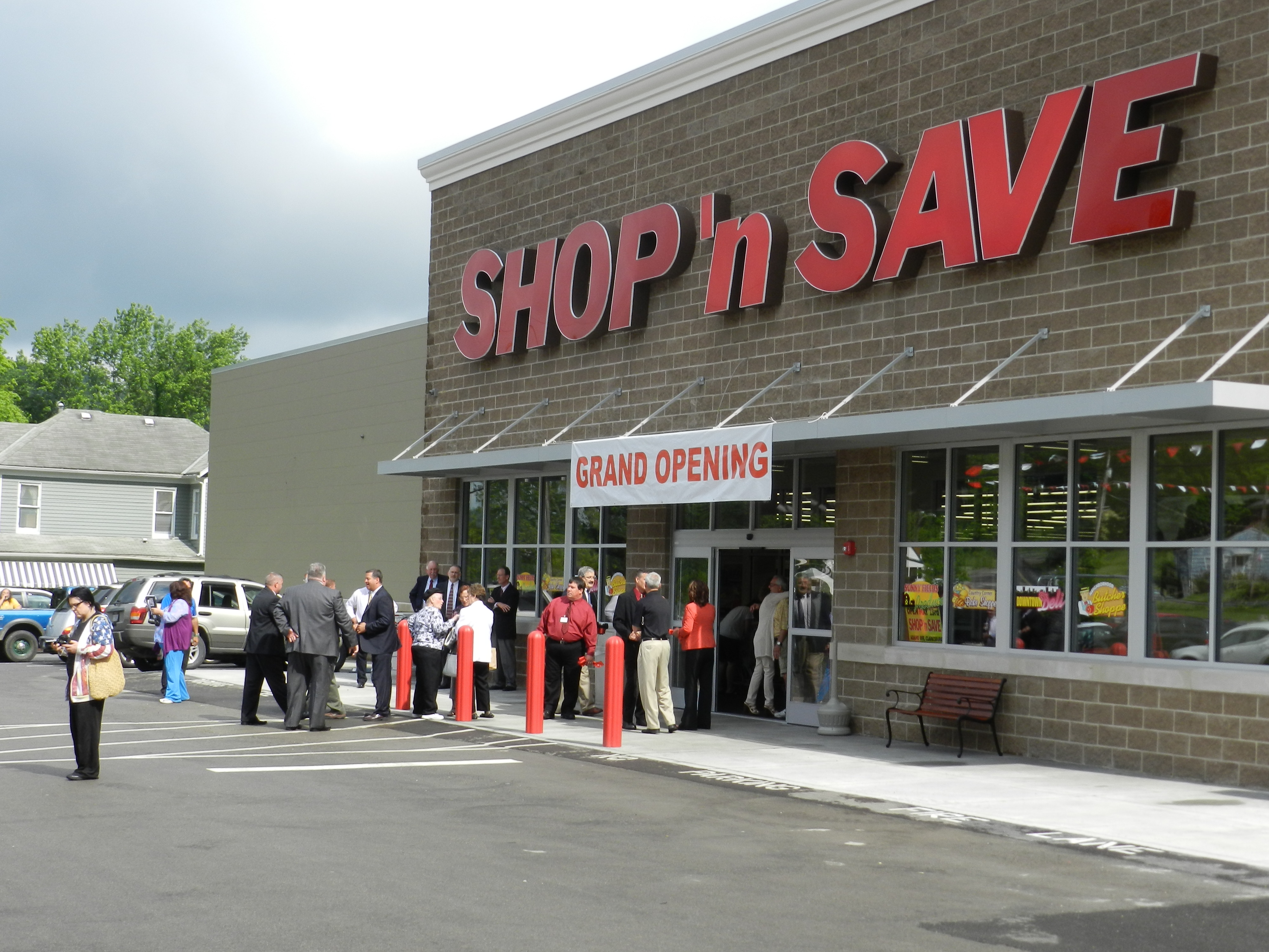Adamston Flat Glass to Shop-N-Save Photo